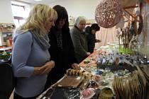 V Diakonii vystavovali vánoční cukroví.