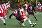 Desáté kolo fotbalového okresního přeboru: TJ Sokol Paběnice - TJ Sokol Červené Janovice 5:2 (2:1). Hrálo se na umělé trávě v Kutné Hoře.