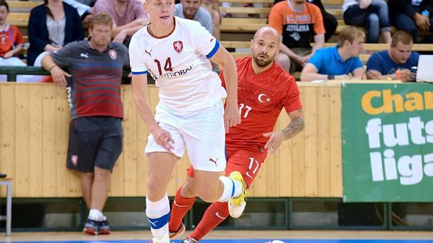 Česká futsalová rerezentace se v baráži o postup na ME 2018 utká se Srbskem.