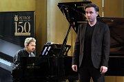 Kutnohorský chrám svaté Barbory patřil ve čtvrtek znovu hudbě. Publiku se tentokrát představili klavírista Konstantin Lifschitz a barytonista Rafael Fingerlos.