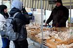 Trhovci zavítali na Palackého náměstí.