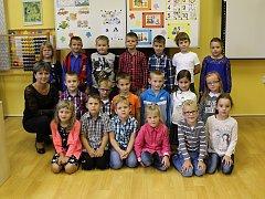 Základní škola Sadová v Čáslavi, 1. A. s třídní učitelkou Lenkou Syrovou.