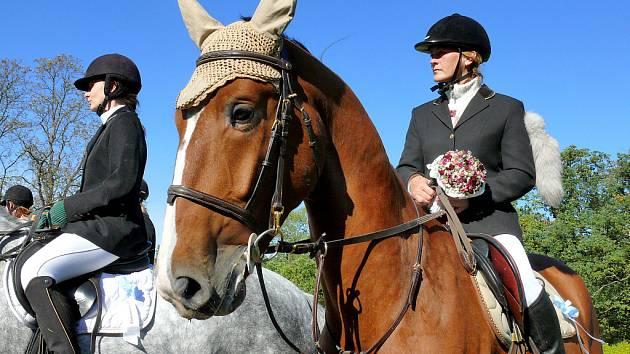 Hubertova jízda a Slavnosti brambor na zámku Kačina