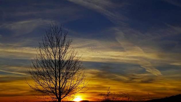 Západ slunce na Kaňku zachytila svým objektivem Soňa Schwarzová.