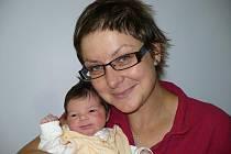 Antonie Hušáková se narodila 24. října v Čáslavi. Vážila 2670 gramů a měřila 49 centimetrů. Doma v Tuchově ji přivítali maminka Barbora a tatínek Michal.