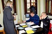 Lidé volí prezidenta v Kutné Hoře