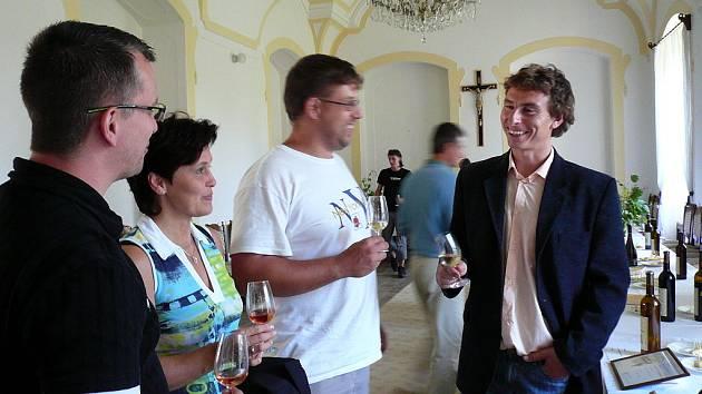 V kutnohorském klášteře sv. Voršily labužníci objevovali ideální kombinaci různých druhů vín a sýrů.