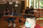 Ze zahájení výuky po 'koronavirovém volnu' v pondělí 11. května 2020 v Základní škole Žižkov v Kutné Hoře.