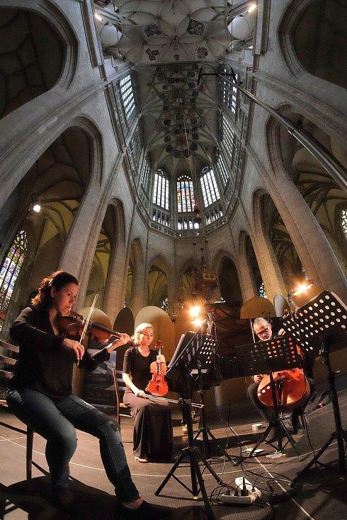 Mezinárodní hudební festival Kutná Hora: Helena Jiříkovská (zleva), Martina Bačová, Jiří Bárta.