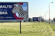 V dubnu budou na blížící se přechody upozorňovat billboardy a reklamní poutače.