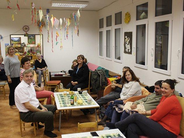 Členové výboru Asociace rodičů a přátel zdravotně postižených dětí v ČR