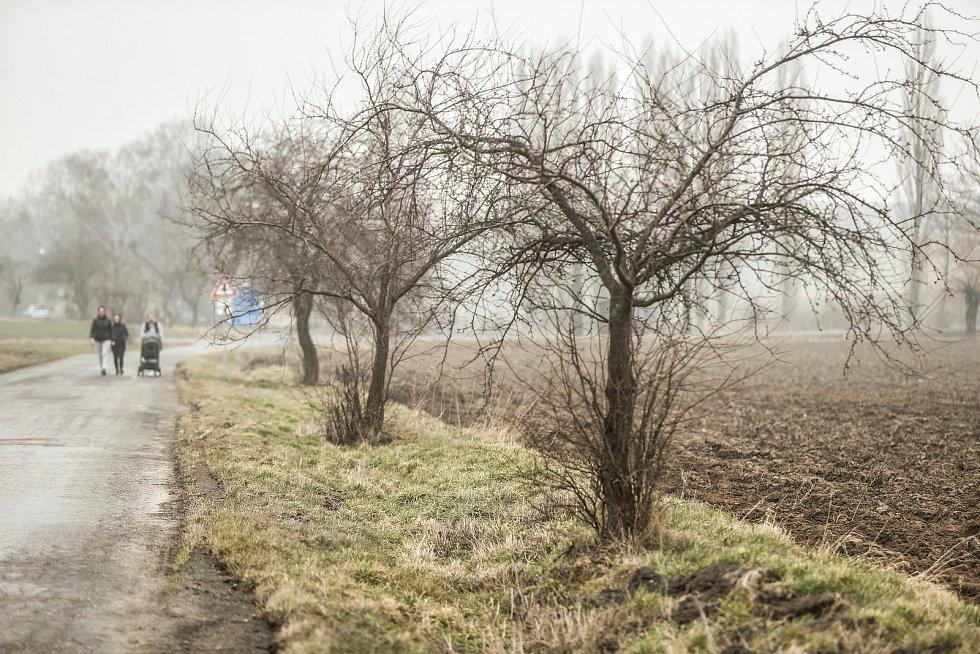 Kudy by měla vést vysokorychlostní trať? Okolím Solopysk.