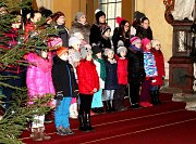Barevné Vánoce v Sedlci ukončil benefiční koncert.