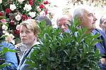 Jiřina Bohdalová pokřtila novou růži.