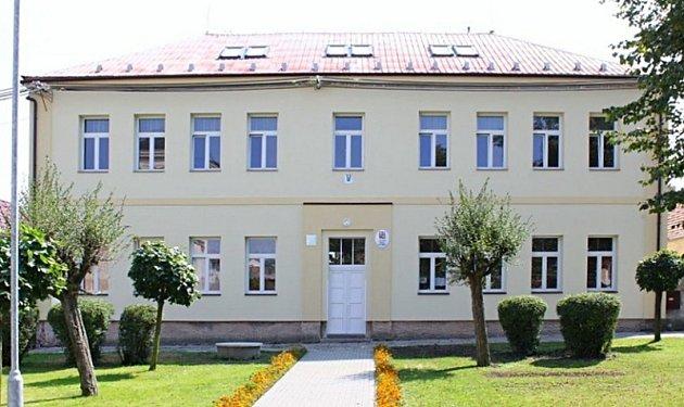 Základní škola vBílém Podolí po rekonstrukci vroce 2015.
