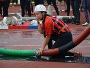 Z krajské soutěže v požárním sportu profesionálních a dobrovolných hasičů na stadionu Olympia v Kutné Hoře.