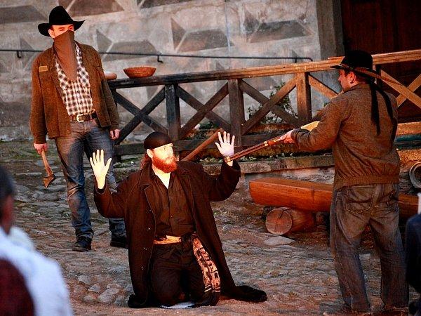Divadelní soubor Mimochodem vystupuje se svými inscenacemi nejen na Kutnohorsku, ale iVysočině