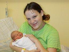Štěpánka Jiroušková se narodila 15. října. Vážila 3250 gramů a měřila 47 centimetrů. S maminkou Kristýnou bude žít v Ratajích nad Sázavou.