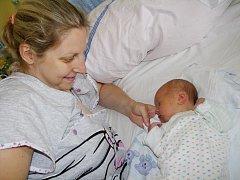 Vojtěch Hrubý se narodil 9. července v Kolíně. Měřil 52 centimetrů a 3345 gramů. S maminkou Janou a tatínkem Lubošem bude vyrůstat v Kutné Hoře.