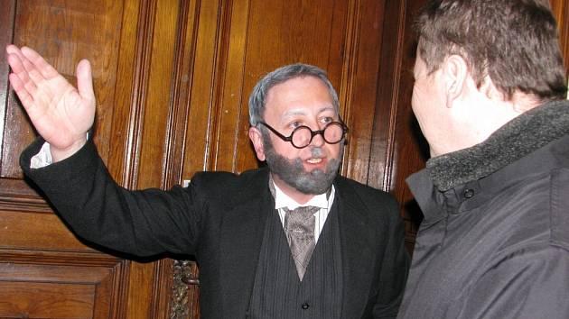 Kutná Hora si připomněla výročí vydání Dekretu kutnohorského. Starosta Ferdinand Breuer v podání herce Václava Veselého a radní Vladislav Slavíček.