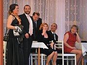 I.Uhlířskojanovický ples roztančil o víkendu sál Kooperativy