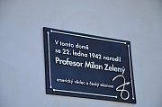 V Kluckých Chvalovicích odhalili pamětní desku profesora Milana Zeleného.