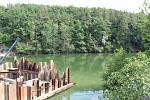 Obnova Velkého rybníka i nadále pokračuje.
