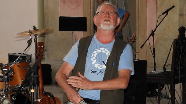 Překladatel a hudebník Gerald Turner navštívil Čáslav.