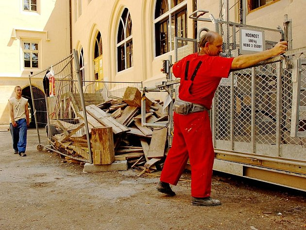 Opravy zámku ve Zruči nad Sázavou pokračují