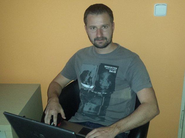 Fotbalista a manažer Tomáš Frejlach odpovídá čtenářům online.