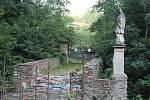 Oprava mostku V Hutích.