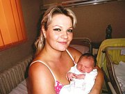 Ema Benešová se narodila 26. června v Čáslavi. Vážila 3850 gramů a měřila 50 centimetrů. Doma v Kutné Hoře ji přivítala maminka Kateřina.