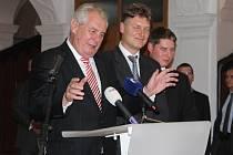 Návštěvu Kutné Hory zahájil Miloš Zeman v Phillip Morris. 16. 10. 2013
