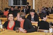 V Sokolovně to naplno rozjeli myslivci...