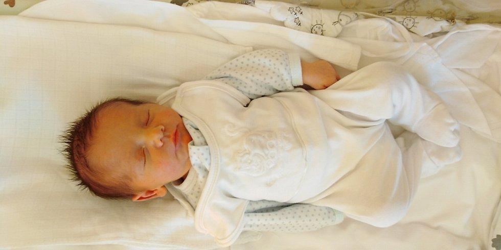 Martin Sekerka přišel na svět 13. května 2020 v 15.02 hodin v čáslavské porodnici. Pyšnil se mírami 2880 gramů a 50 centimetrů. Domů do Krchleb si ho odvezli maminka Michaela, tatínek Jaroslav a dvouletý bráška Míša.