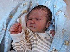 Denis Bandy spatřil světlo světa 5. září  v Kolíně. První potomek maminky Heleny a tatínka Milana z Kutné Hory se po porodu chlubil mírami 52 centimetry a 3205 gramů.