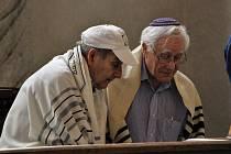 Návštěva hostů z northwoodské synagogy