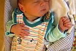 Jura Šibrava se poprvé na svět podíval 4. května 2019 v 9.09 hodin v Čáslavi. Vážil 2600 gramů a měřil 49 centimetrů. Domů do Čáslavi si ho odveze maminka Marie, tatínek Vítek a dvouletá sestřička Tonička.
