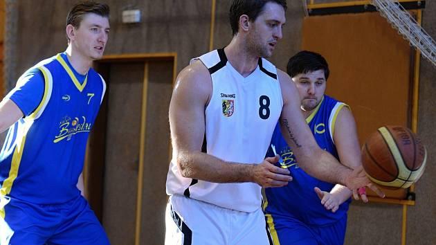 Zápas II. ligy basketbalu: Kutná Hora - Mladá Boleslav 80:110, 21. ledna 2017.