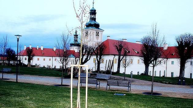 V zahradách Galerie Středočeského kraje v centru Kutné Hory.