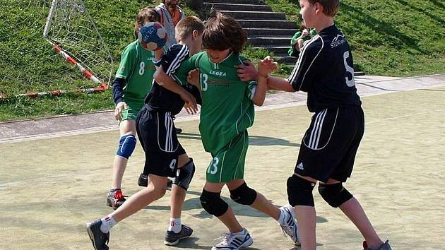 Mladší žáci Kutné Hory na turnaji v Úvalech, 24. dubna 2010.