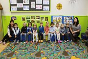 Přípravná třída na Základní škole Kamenná stezka v Kutné Hoře, třídní učitelka Alena Jiráková a asistentka Hana Verdánová.