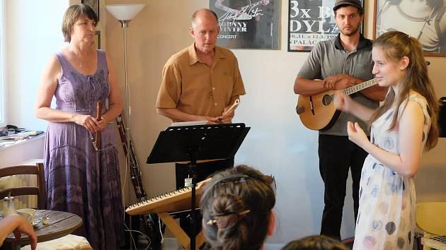 Kapela Crystal Creek zahrála v Kutné Hoře