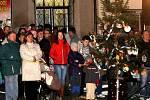 Rozsvícení vánočního stromu v Uhlířských Janovicích