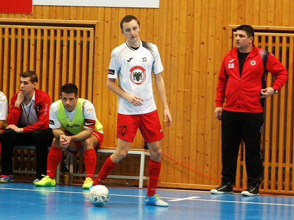 19. kolo ChFL: FC Benago Zruč n. S. - SAT-AN Kladno 6:0, 27.února 2013.