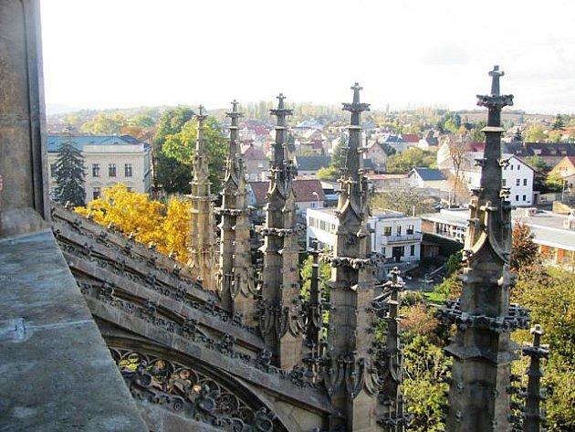 Na střeše chrámu sv. Barbory