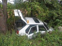 Dopravní nehoda v Perštejnci 19. srpna se obešla bez těžkých zranění