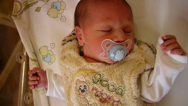 Jasmína Zpěváčková se poprvé na svět podívala 28. listopadu 2018 v 9.51 hodin v čáslavské porodnici. Vážila 2860 gramů a měřila 48 centimetrů. Domů do Čáslavi si ji odveze maminka Nikola a roční bráška Patrik.