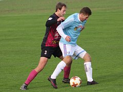 Hlízov rozhodl o výhře nad B-týmem Čáslav v 90. minuty, kdy se trefil Lukáš Křelina