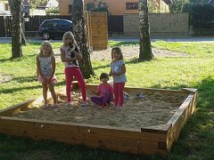 V Malíně už si děti mohou hrát na novém pískovišti.